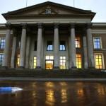 Raadslid vervolgd voor dood door schuld bij brand Leeuwarden