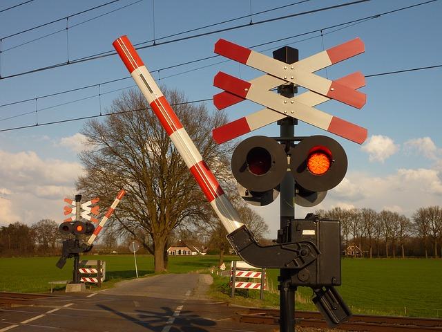 Omwonenden krijgen geen schadevergoeding na verhoging spoorlijn Rosmalen