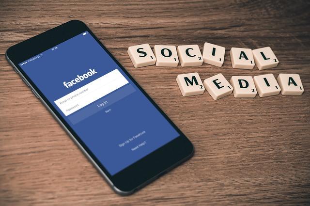 AP: Facebook handelt in strijd met de privacywetgeving