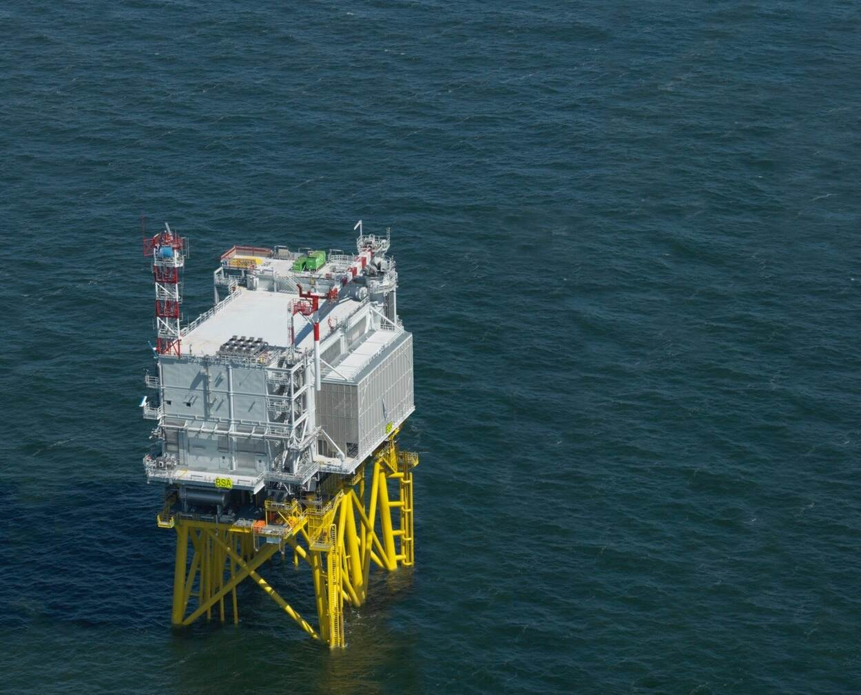 Eerste 'stopcontact op zee' klaar voor gebruik